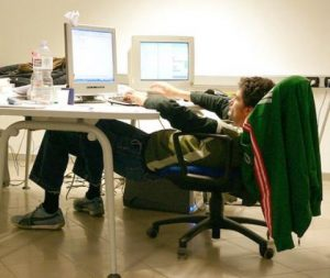 Poor ergonomics at work can lead to back pain